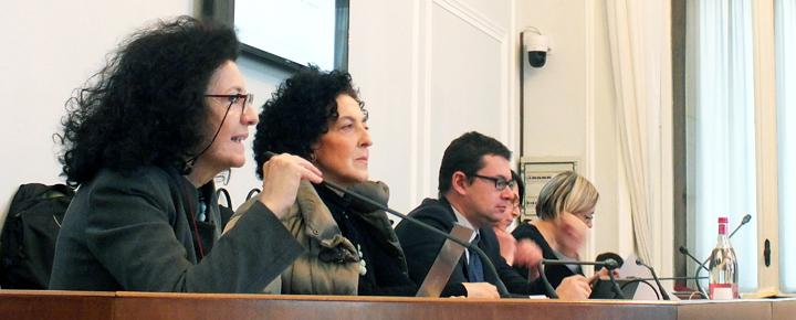 Da sinistra, Lia Sacerdote presidente di Bambinisenzasbarre, Gloria Manzelli direttrice del carcere di San Vittore a Milano, Alessandro Giungi Presidente Sottocommissione carceri Comune di Milano