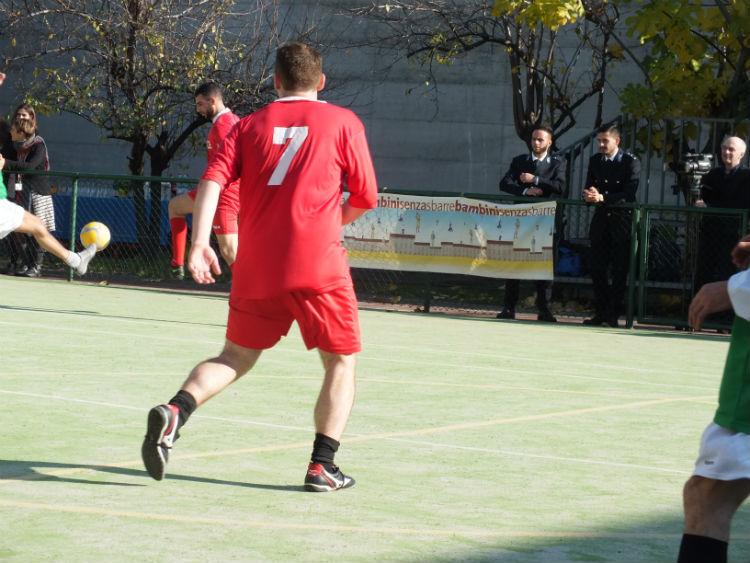 partita con papà 2015 - giocatore in rosso